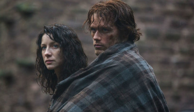 Jamie-and-Claire_Starz